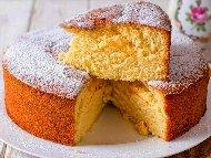 Класически обикновен пандишпанов кекс с лимонада и лимонови кори